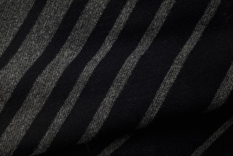 Rayures noires